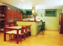 kuchyne_jidelna